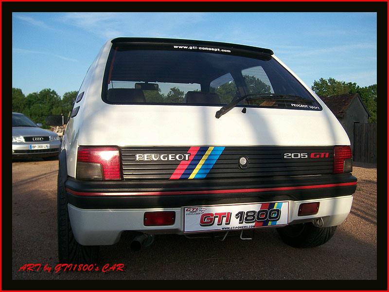 [GTI1800] 205 GTI 1L9 Blanc Meije AM88  - Page 3 100_4010