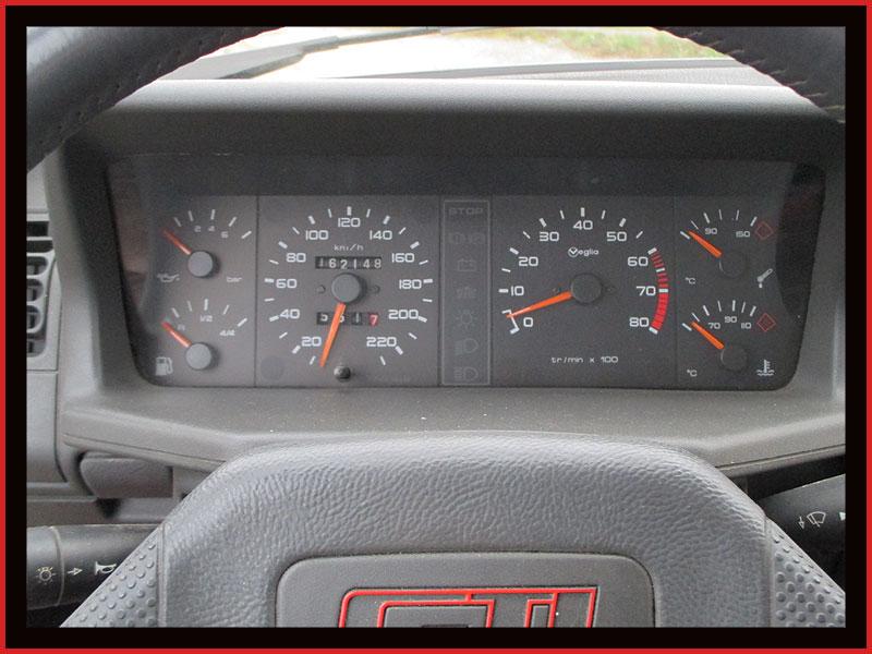 [GTI1800] 205 GTI 1L9 Blanc Meije AM88  - Page 3 Img_1210
