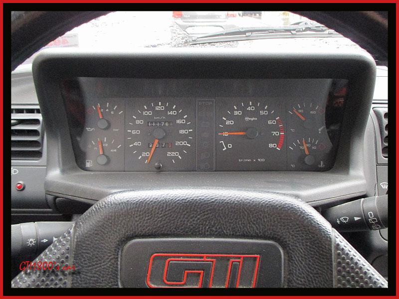[GTI1800] 205 GTI 1L9 Gris Graphite AM92  - Page 5 Img_1617