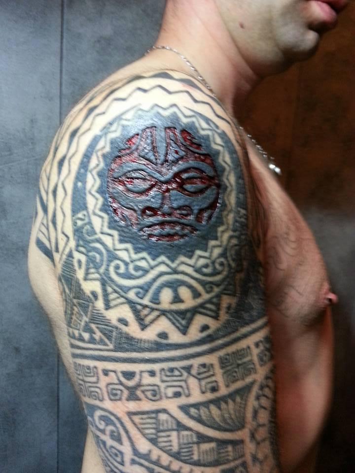 c'est quoi votre tatouage a vous - Page 4 13006612