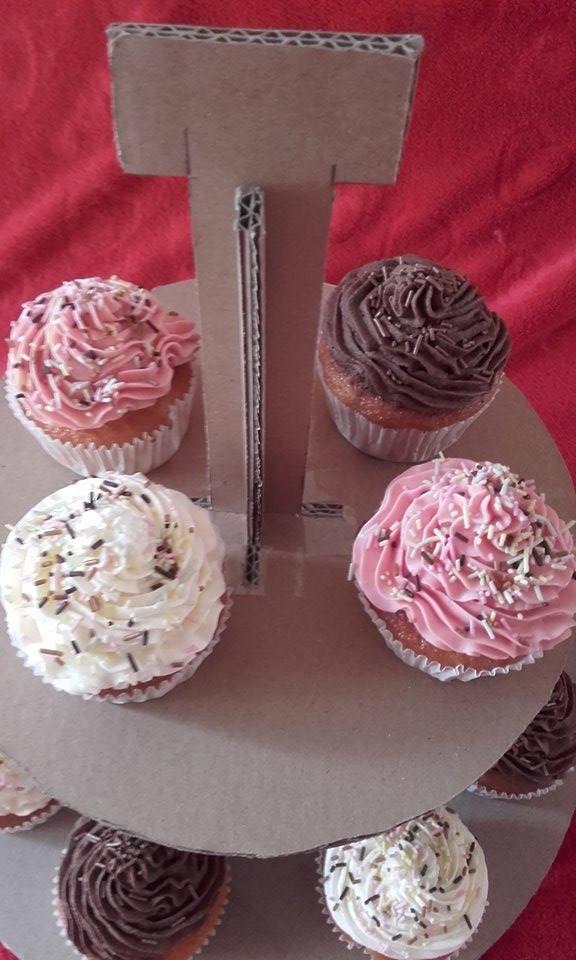 Cupcakes : recettes et décors simples - Page 22 12968710