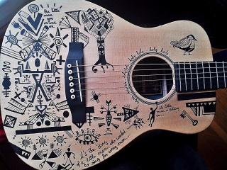 Nexos, le voyageur Guitar10