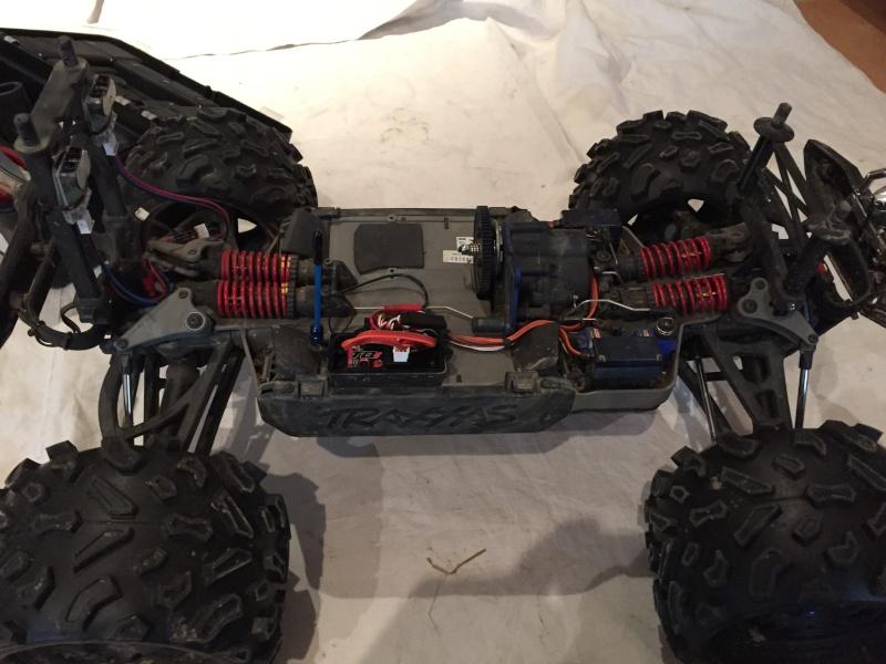 Mon nouveau jouet : Traxxas Summit 1/8 - réglé et prêt à rouler - Page 10 Image11