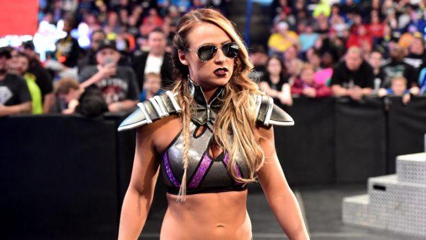 [Rumeurs] Une lutteuse de la WWE chaudement félicitée en coulisses Emma-110