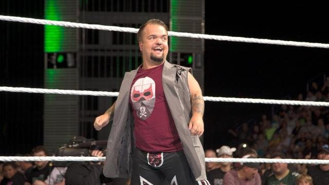 [Contrat] La WWE se sépare de 7 de ses talents ! (Mise à jour : 19h41) Hornsw10