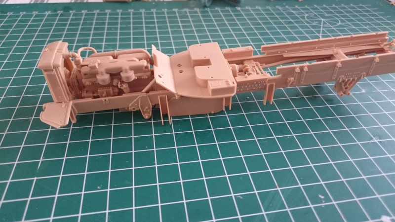 super lourd au 1/35 M 19 tank transporter soft cab Merit kits  - Page 2 Chassi10