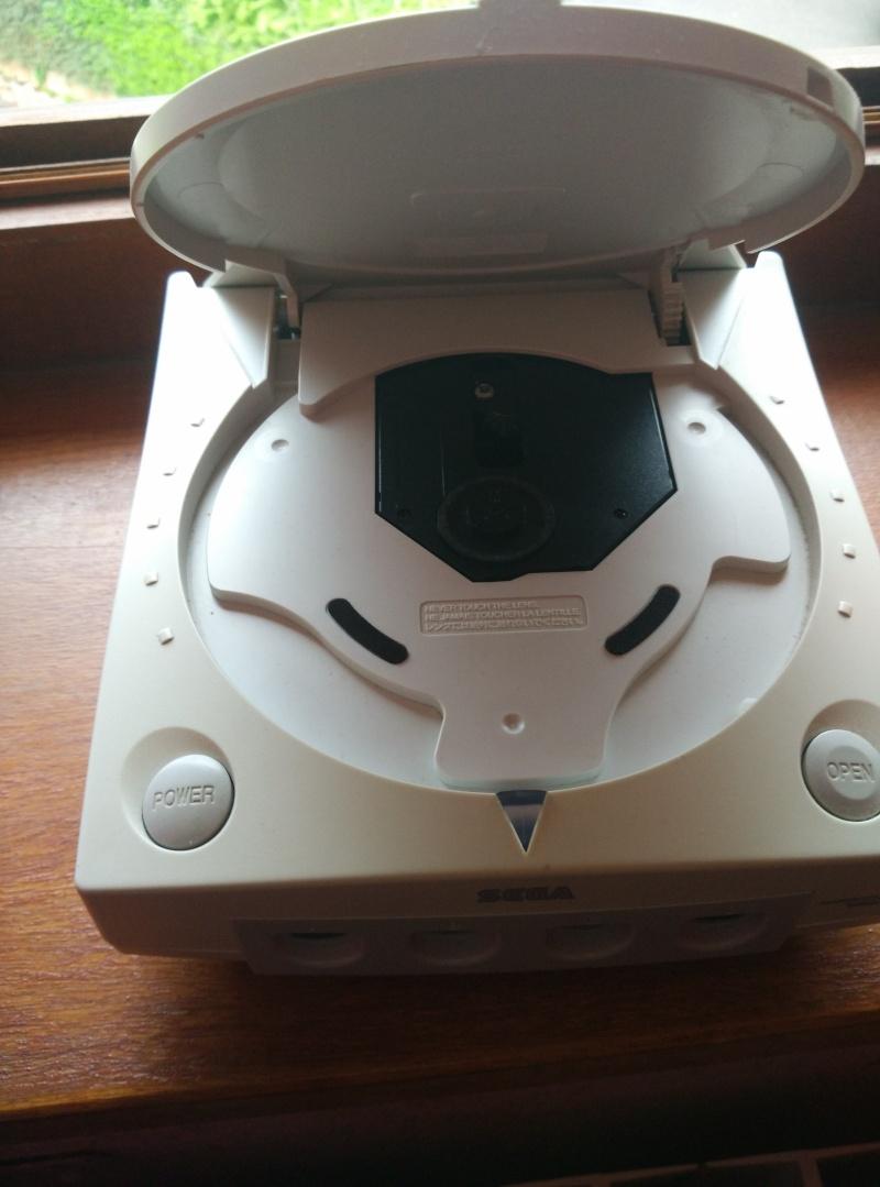 [VENDS] Dreamcast et ses jeux (dont Shenmue) Img_2056