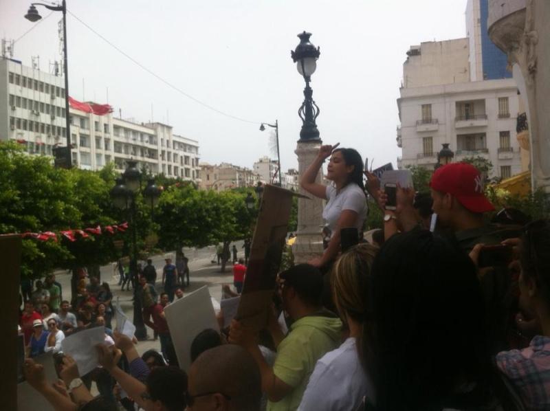 MASSACRES à CIEL OUVERT en Tunisie Manif_44