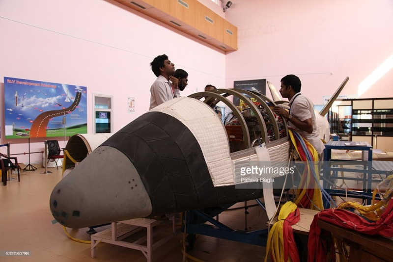 [Inde] Lancement suborbital RLV-TD HEX-01 - 23 mai 2016 53208012