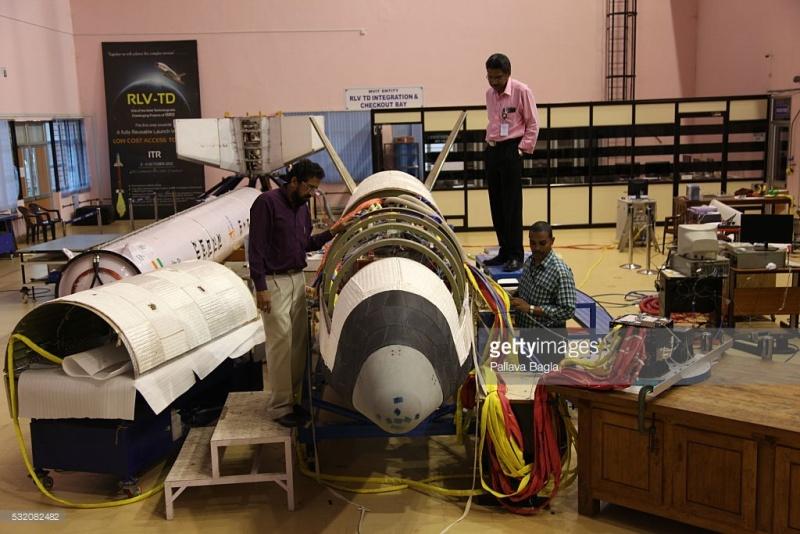 [Inde] Lancement suborbital RLV-TD HEX-01 - 23 mai 2016 53208210
