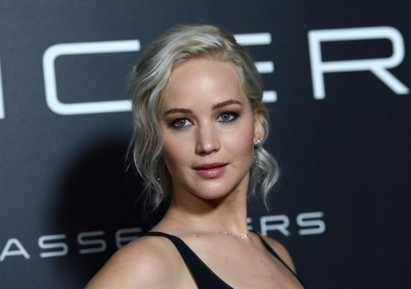 ■ Katniss Everdeen • Jennifer Lawrence ■ - Page 8 Normal10