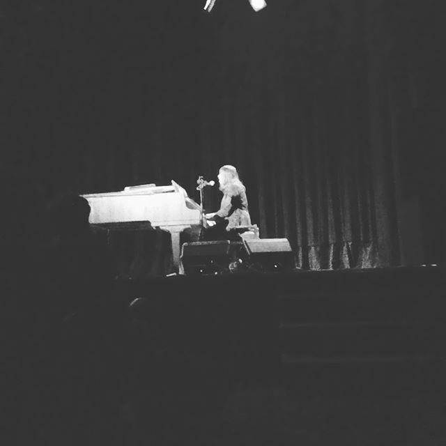 5/19/16 - Lismore, Australia, Star Court Theatre 216