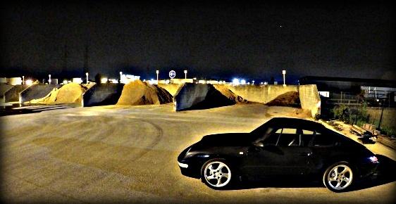 Tout petit shooting de nuit ...993 bleue 911du410
