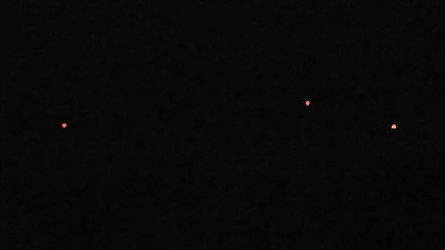 2014: le13 octobre  /vers 22h30  - 4 grosses lumières rouges  Ovnis à Nantes (44) Pays de Loire -  - Page 4 1_bali10