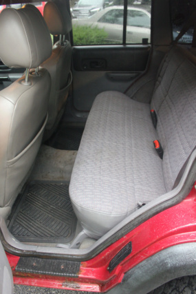 For sale: 1998 Jeep Cherokee ($3000 or best offer) Img_2820