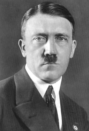 Satan - Le nombre 495 L'arbre de mort Hitler10