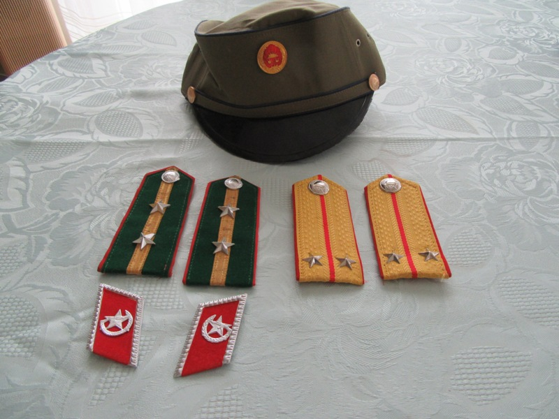 Kampuchéa démocratique contre Kampuchéa populaire Img_0110
