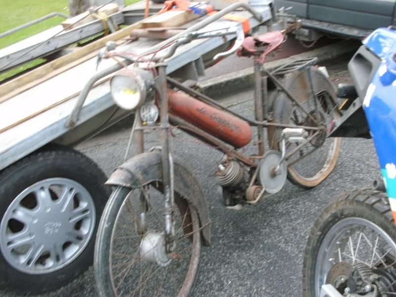 bourse auto moto cyclo tracteur ...de Courtenay Pict0729