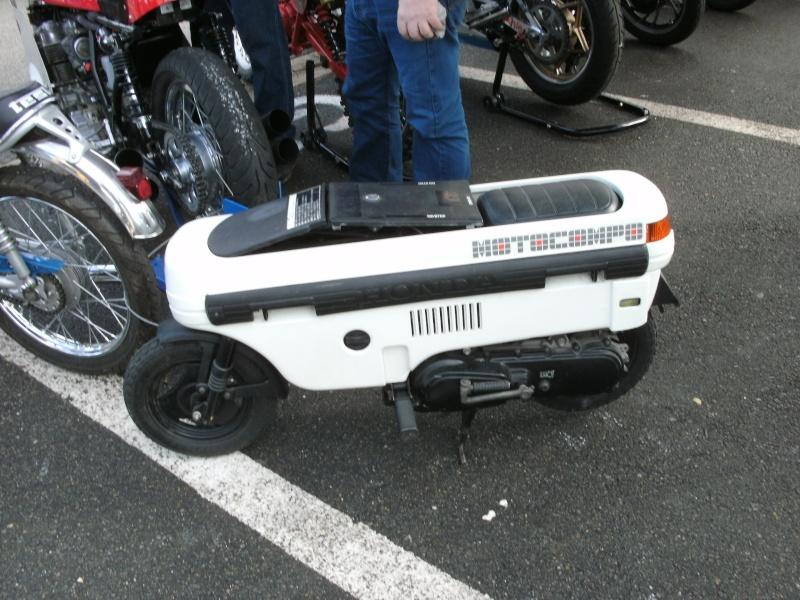 bourse auto moto cyclo tracteur ...de Courtenay Pict0734