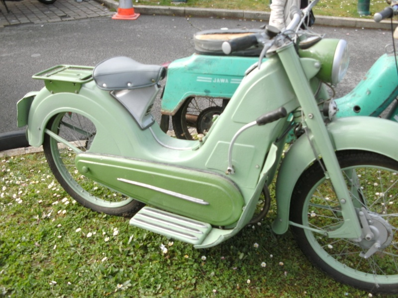 bourse auto moto cyclo tracteur ...de Courtenay Pict0736