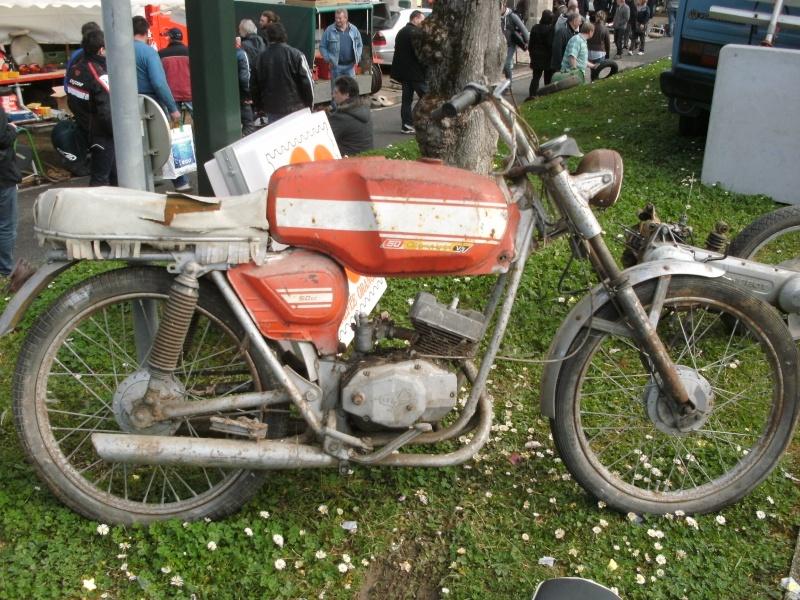 bourse auto moto cyclo tracteur ...de Courtenay Pict0737