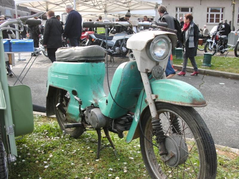 bourse auto moto cyclo tracteur ...de Courtenay Pict0738