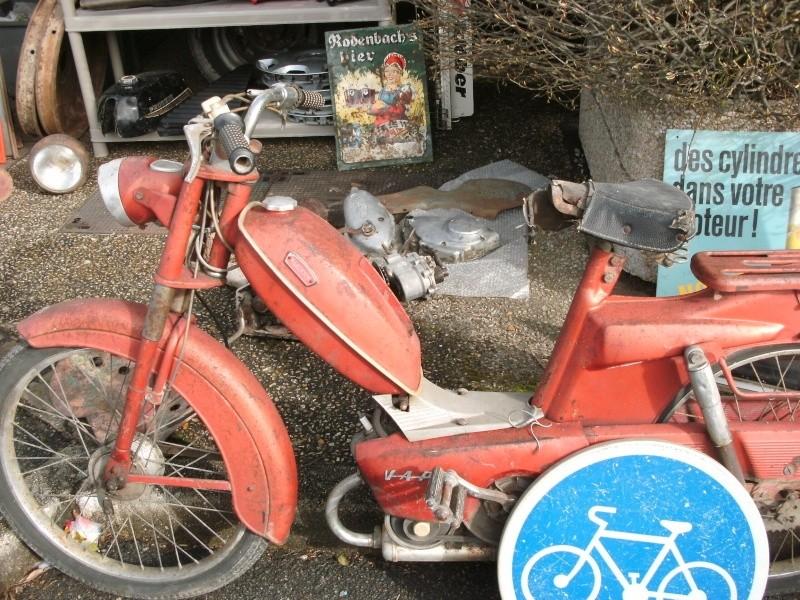 bourse auto moto cyclo tracteur ...de Courtenay Pict0739