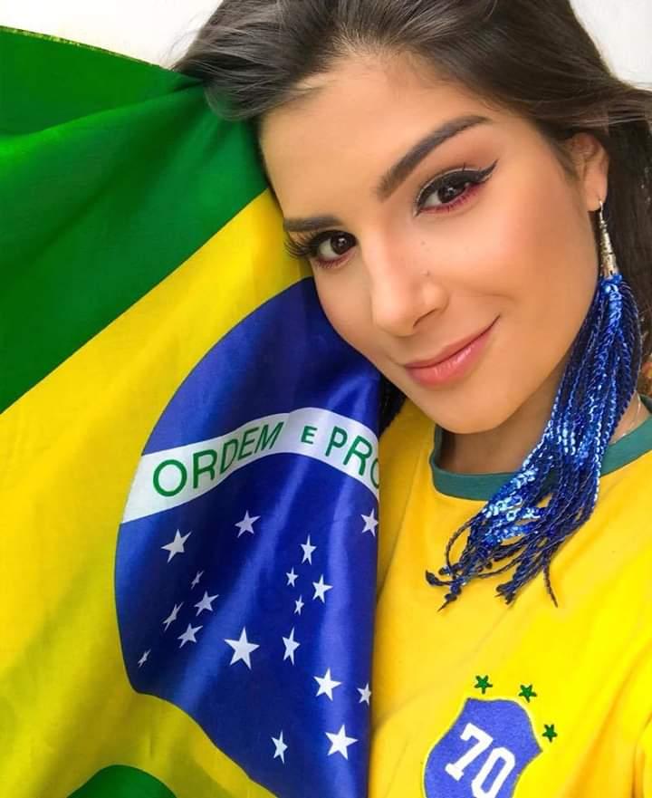 Julia Horta (BRAZIL 2019) Fb_im419