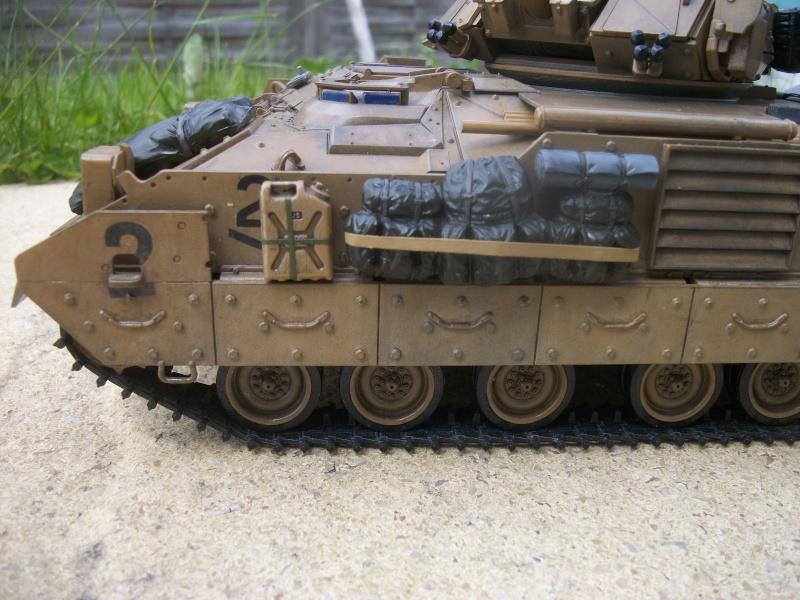 M2A2 ODS Tamiya 1/35 - Page 5 100_4715