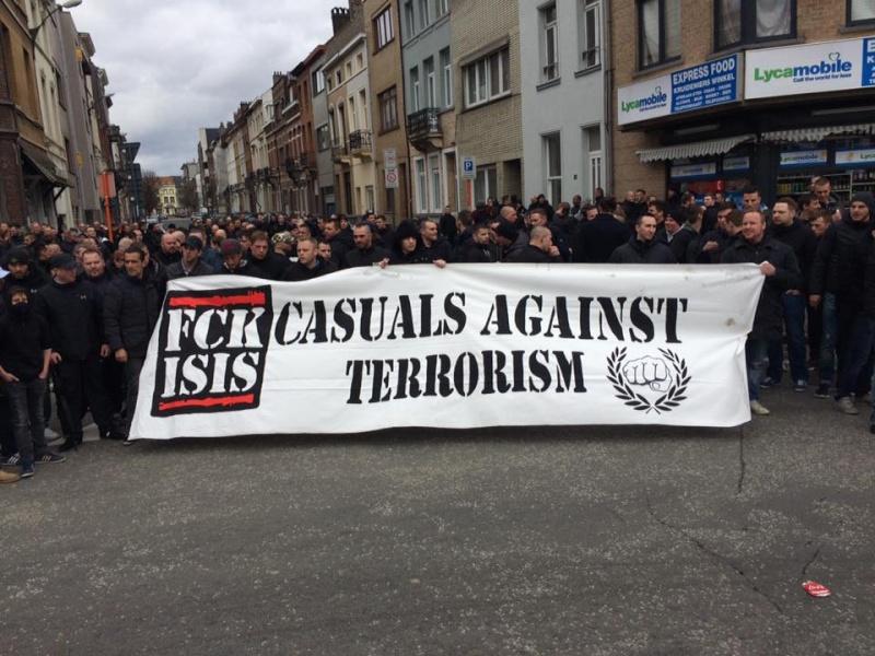 le mouvement casuals TOUS UNIS CONTRE LE TERRORISME 12928210