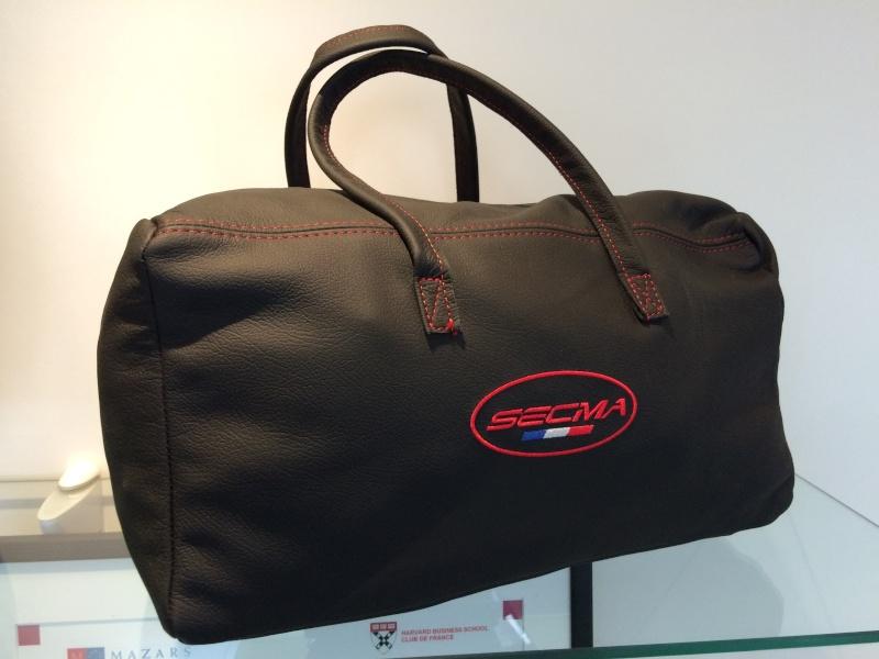 Gamme de bagagerie cuir SECMA - Vos avis ? Img_4013