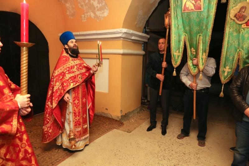 В Серпуховском районе верующие встретили Пасху  Krehod12