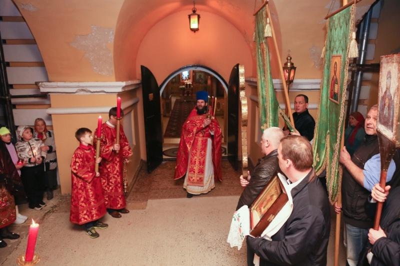 В Серпуховском районе верующие встретили Пасху  Krehod14