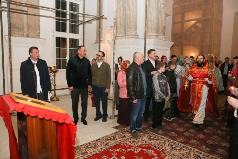 В Серпуховском районе верующие встретили Пасху  Krehod16
