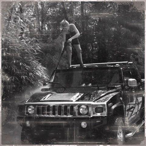 Comment nettoyez vous votre Hummer ? 13315211