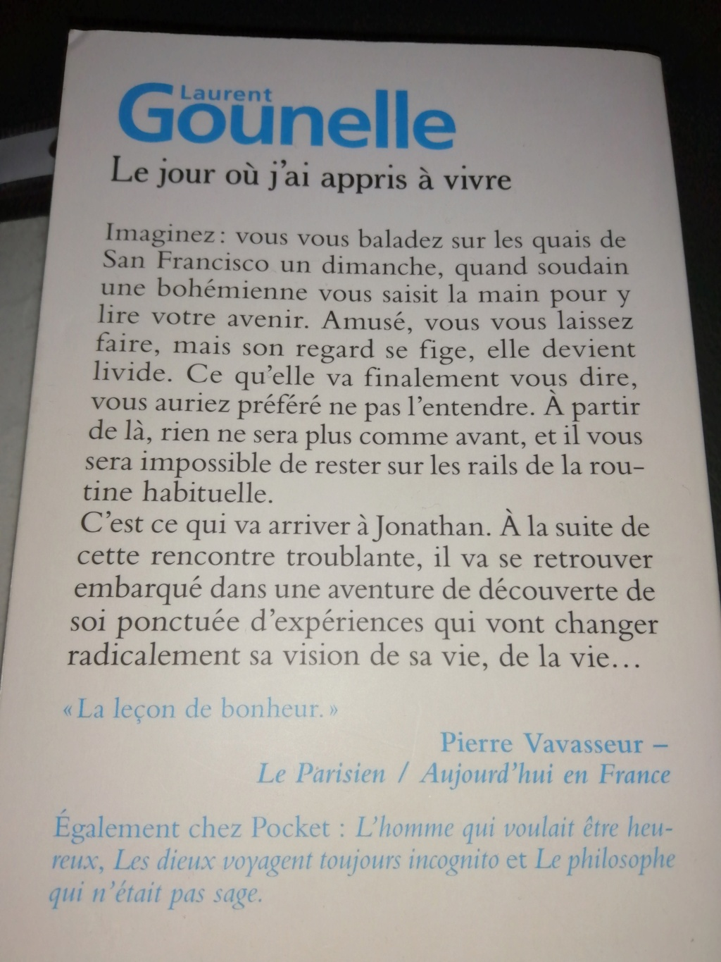 Que lisez vous? - Page 20 Img_2011