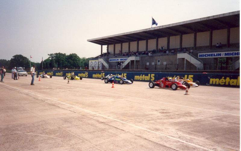 L'autodrome de Linas-Montlhéry - Page 2 Grille10