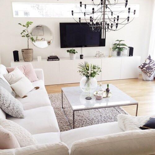 → Maison de Kayla Miller & Mathew Travis ✓ Salon10