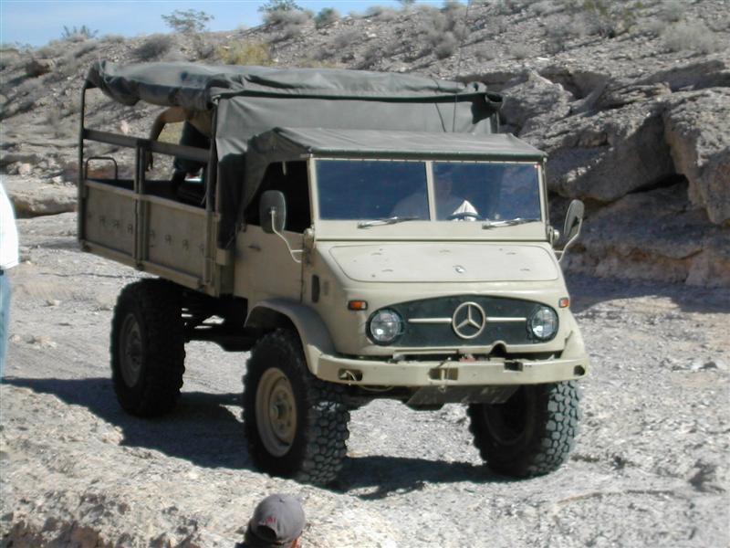 Mogster, un Buggy sur base d'Unimog 404 Dscn1810