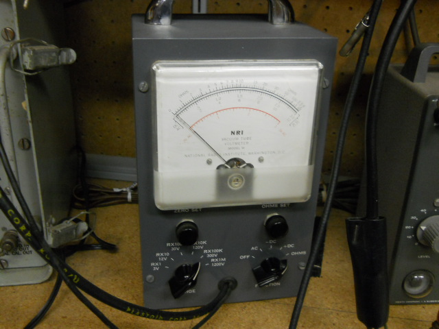 Auction test equipment 10010