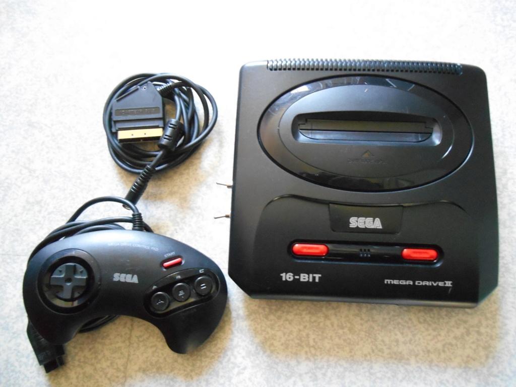 [Echange] Mega Drive II VS jeu Mega Drive Dscn0913