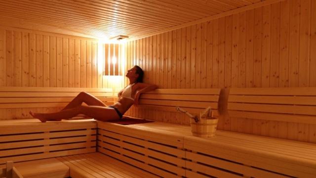 [Jeu] Suite d'images !  - Page 32 Sauna-10