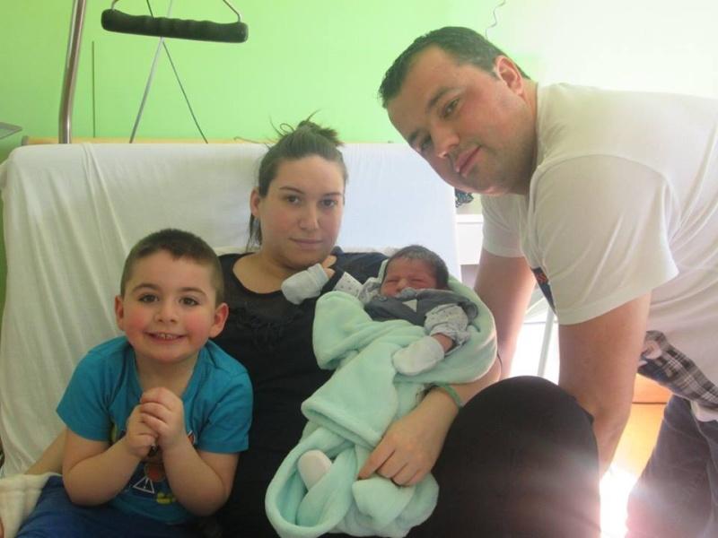 le monde de bébé  13015110