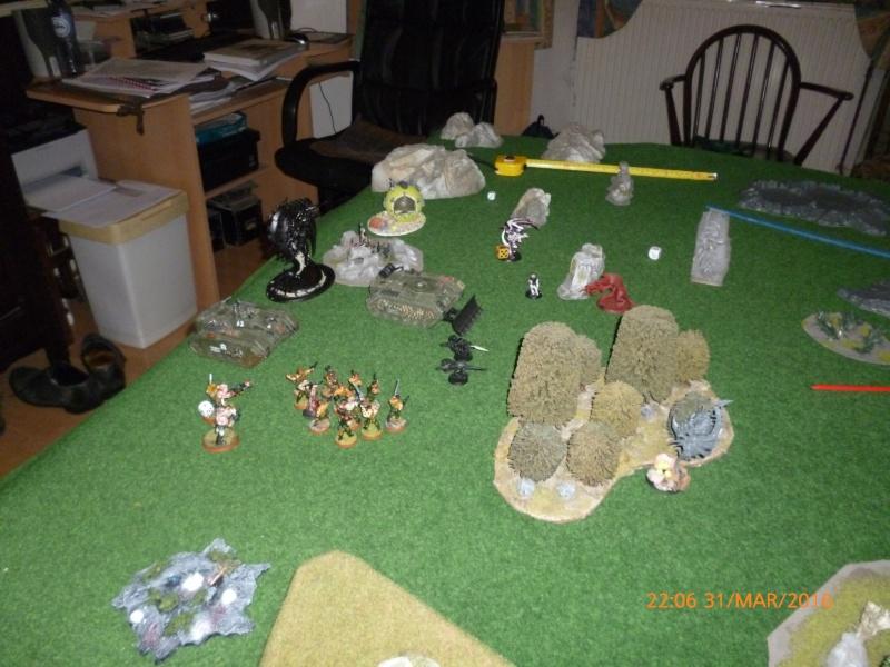 Mini-campagne en cours : L'attaque de la planète Gryphonys VII (Tyranides VS GI) P1030712