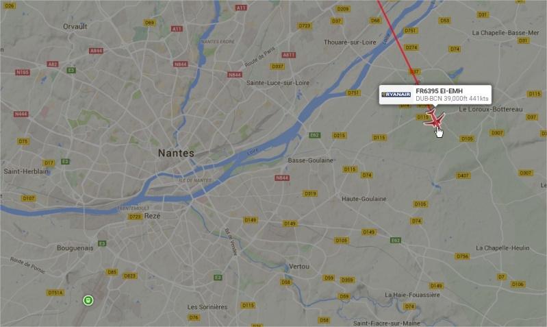 2014: le13 octobre  /vers 22h30  - 4 grosses lumières rouges  Ovnis à Nantes (44) Pays de Loire -  - Page 6 22h43410