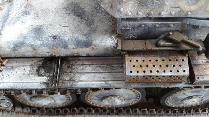 Panzer 38(T) Ausf.E/F - 1/16 - PANDA HOBBY. mise en boue  - Page 10 20160434