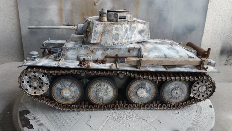 Panzer 38(T) Ausf.E/F - 1/16 - PANDA HOBBY. mise en boue  - Page 10 20160436