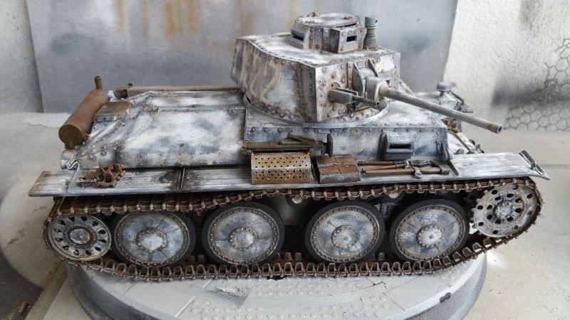 Panzer 38(T) Ausf.E/F - 1/16 - PANDA HOBBY. mise en boue  - Page 11 20160439