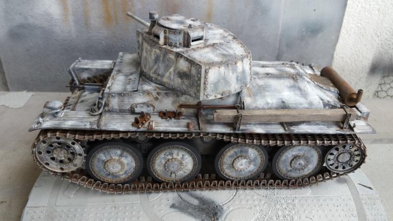 Panzer 38(T) Ausf.E/F - 1/16 - PANDA HOBBY. mise en boue  - Page 11 20160440