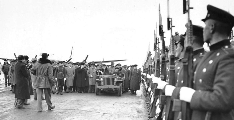Diverses photos de la WWII - Page 30 30051810
